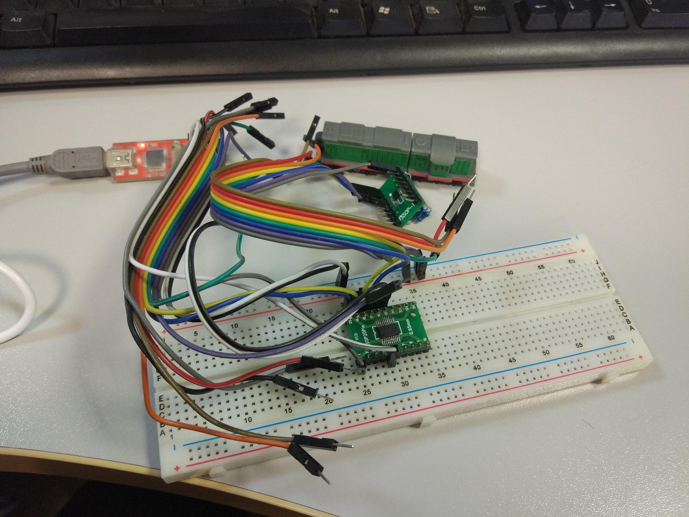 Рис.1. Подключение интегрального датчика температуры STLM75 к микроконтроллеру STM32F030F4P6